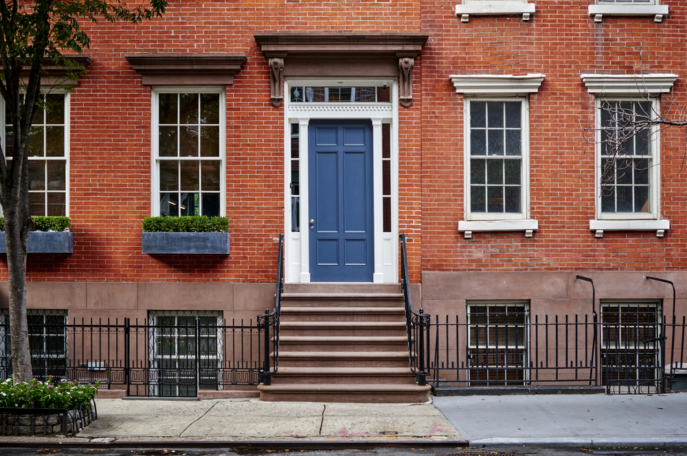 Six best front door colors for brick house